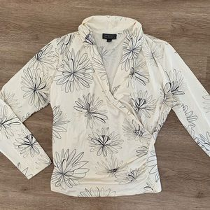 Vintage long sleeve v neck top L flower motif
